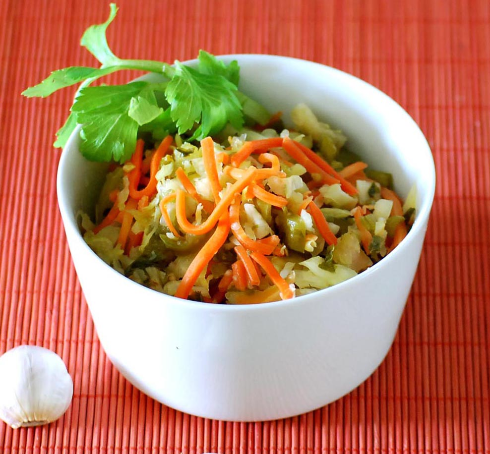 Pickled Mixed Vegetables with Herbs