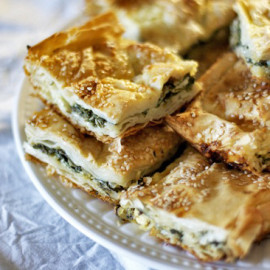 Turkish Spinach or Cheese Pie (Borek)