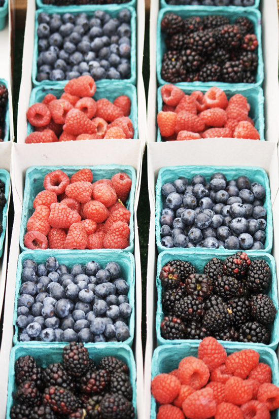 Berries at Larchmont Farmers Market