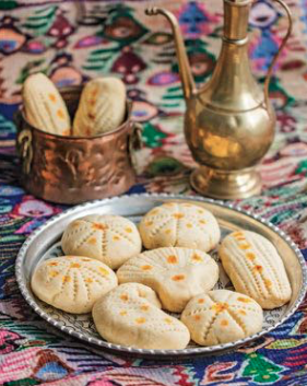 Shaped-n-patterned spiced cookies | AZ Cookbook