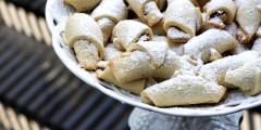 Cinnamon-Walnut Apple Roll-Ups