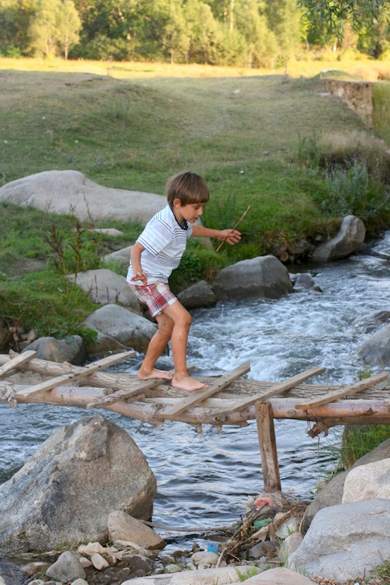 Crossing the River in Ordubad